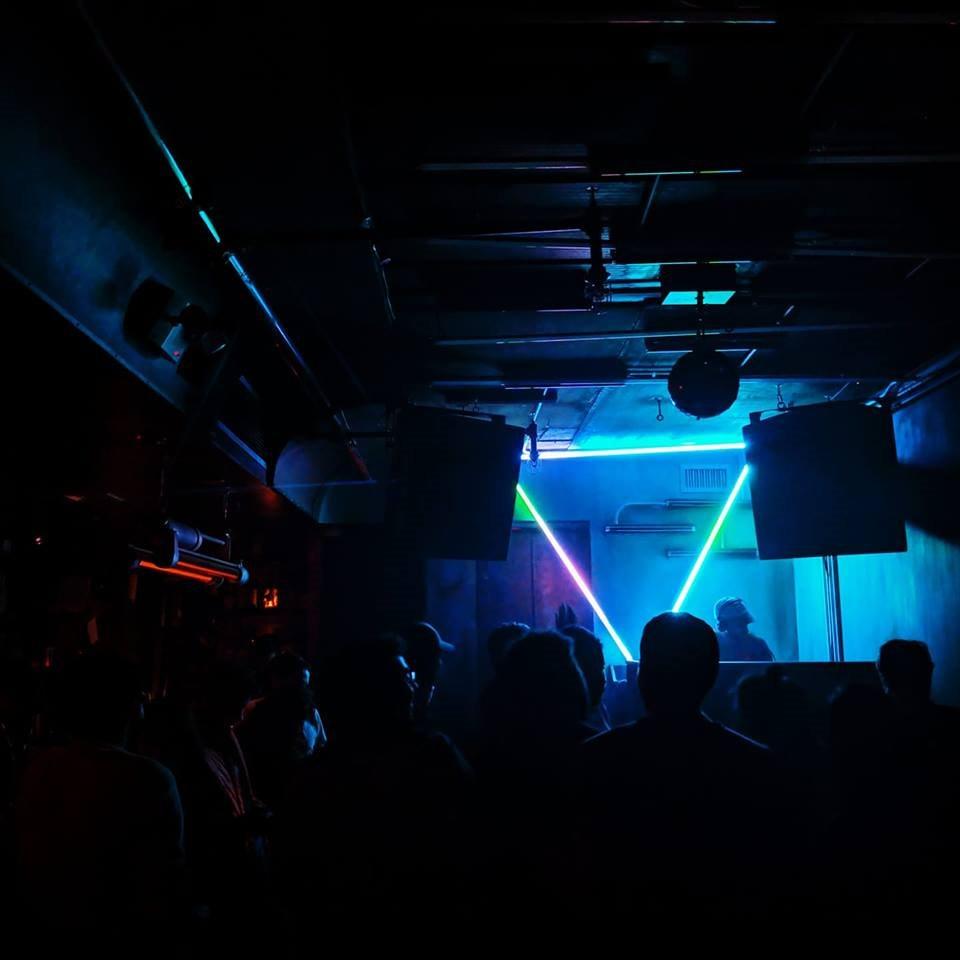 Metamorph: DJ Voices & Shy Eyez - Flyer back