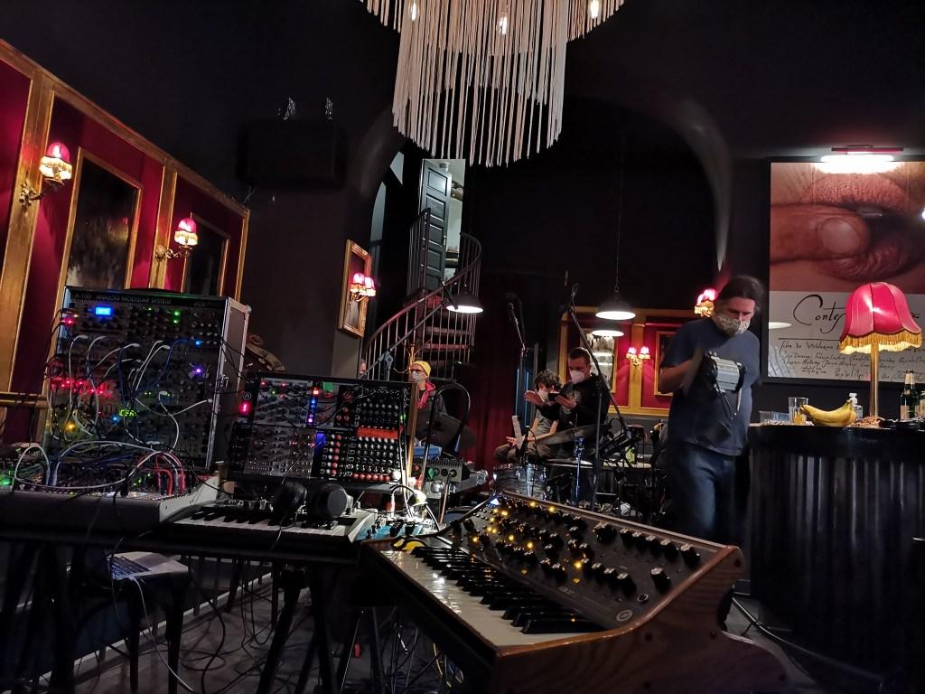 RTS.FM Budapest x Bedroom Pres. Dieru & Costa [Honne Music, México] - Flyer back