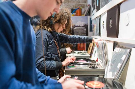 Parisian record shop La Source to close image