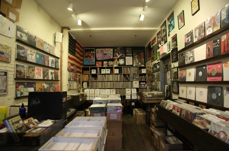 Physical sales top downloads in the US, with vinyl leading the way image
