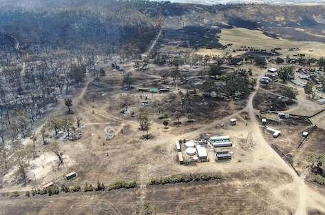 Australian bushfire forces Rainbow Serpent Festival to reschedule image