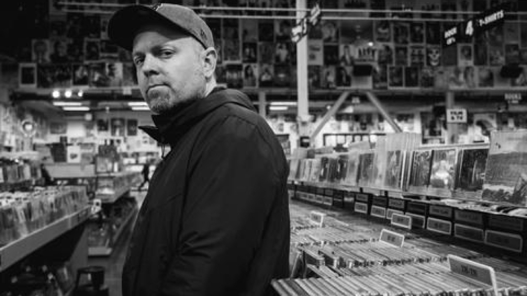 DJ Shadow's Endtroducing celebrates 25 years with a new double-vinyl reissue and 7-inch image