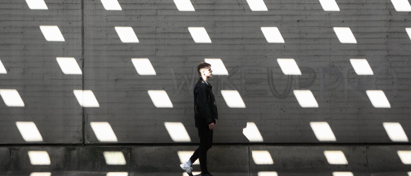 Cover image for Kevin de Vries